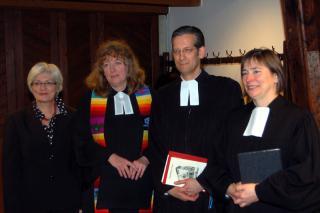 v.l.: Presbyterin Beate Schmidt, Pfarrerin Heidrun Goldbach, Superintendent Thomas Brödenfeld, Pfarrerin Susanne Kock